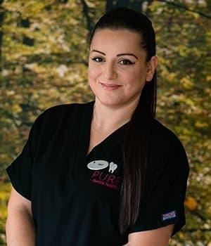 DENTIST Eleni Mantzourani